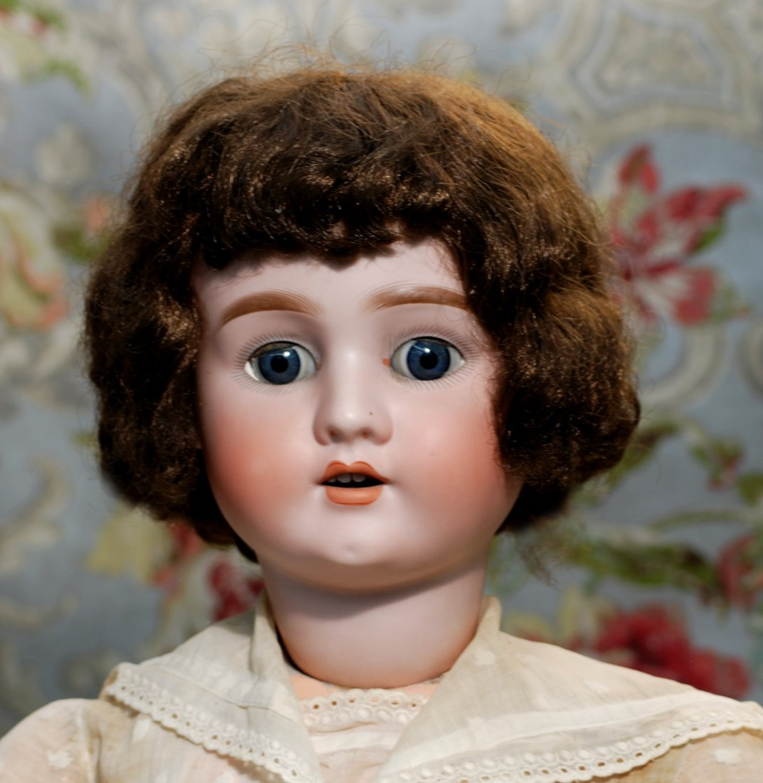 LARGE GERMAN BISQUE CHILD BY SCHOENAU & HOFFMEISTER - 2