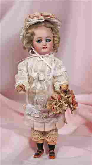 . PETITE GERMAN BISQUE DOLL BY SIMON & HALBIG. Marks