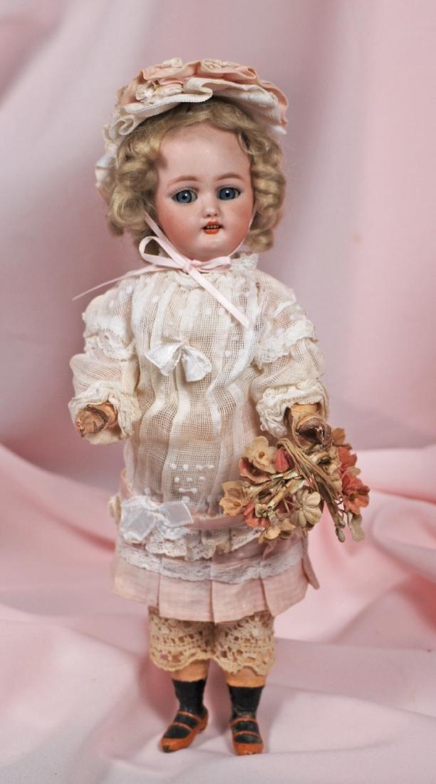 5. PETITE GERMAN BISQUE DOLL BY SIMON & HALBIG. Marks: