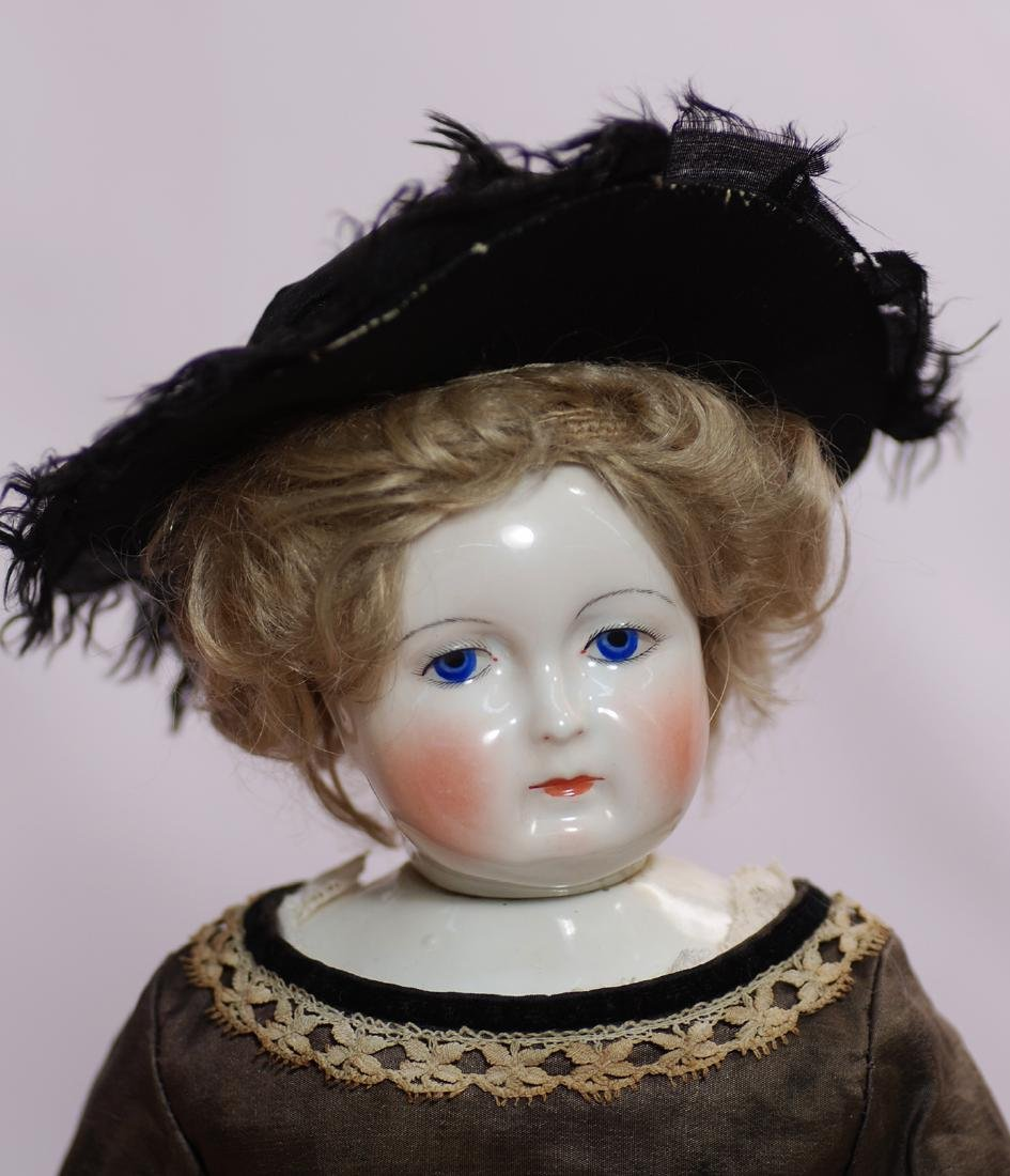 84. BEAUTIFUL FRENCH PORCELAIN POUPEE BY LEONTINE - 2