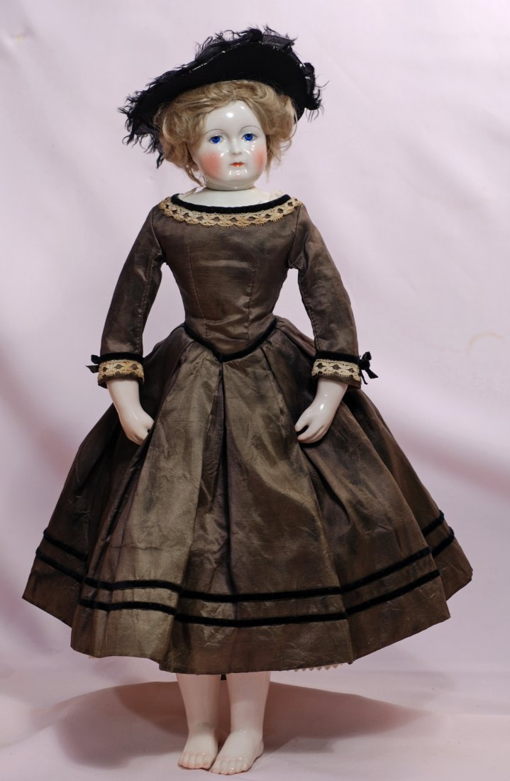 84. BEAUTIFUL FRENCH PORCELAIN POUPEE BY LEONTINE - 4