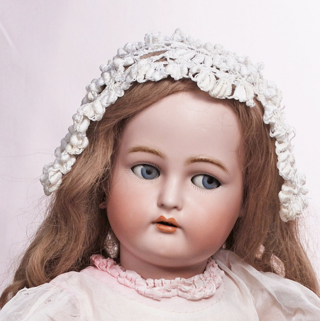 98. FLIRTY-EYED GERMAN BISQUE DOLL BY KAMMER & - 3