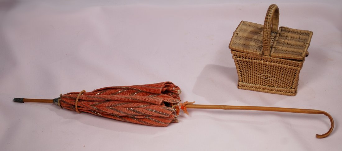 """151. DOLL'S PARASOL AND PICNIC BASKET. Includes: 18"""" L. - 2"""