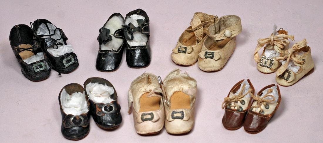 258. SEVEN PAIR OF ANTIQUE DOLL SHOES. Assorted Leather