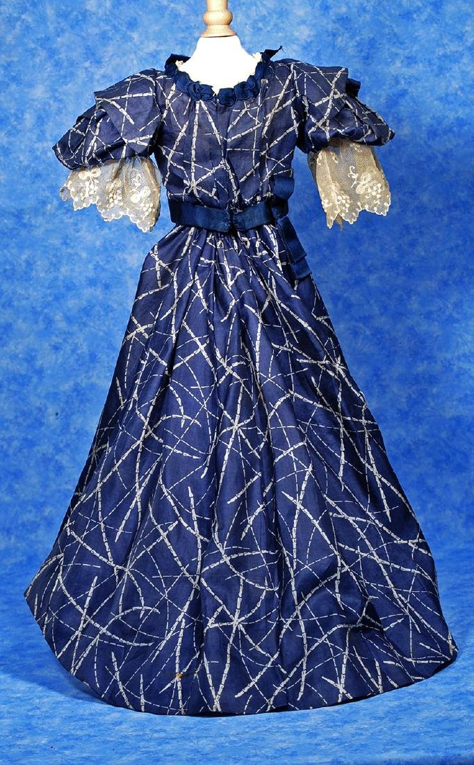 88. ANTIQUE SILK GOWN FOR LADY DOLLS. Two piece gown of - 3