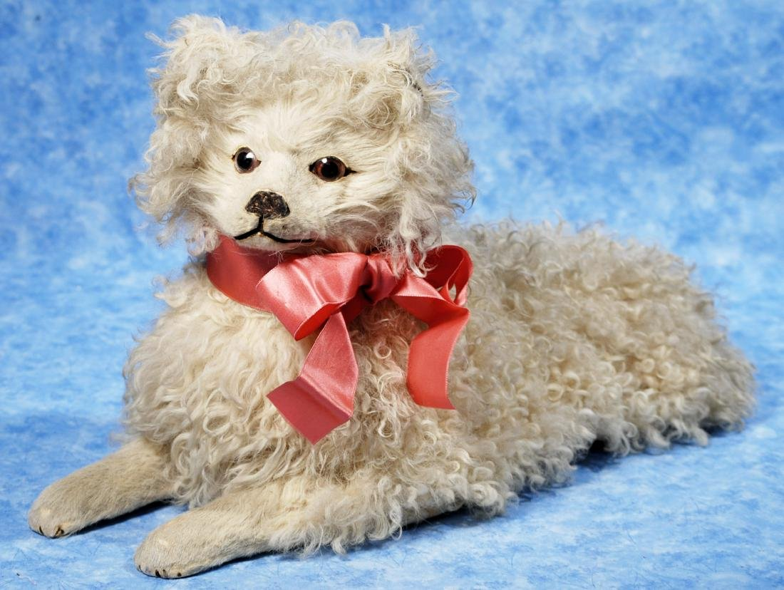 "89. WHITE CURLY MOHAIR FRENCH SALON DOG. 18"" L. - 2"