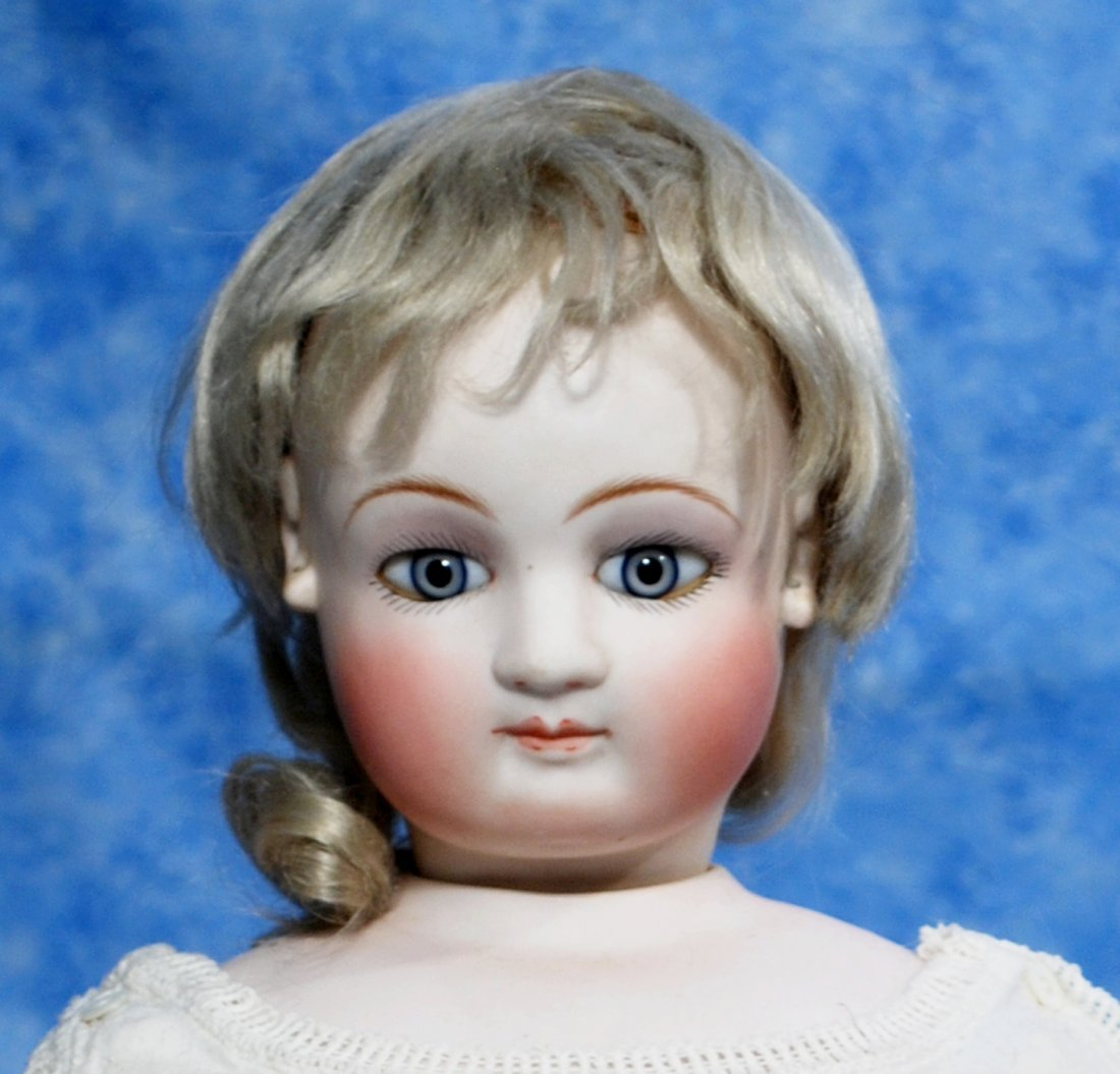 """132. FRENCH BISQUE POUPEE WITH BEAUTIFUL FACE. 23"""" - 2"""