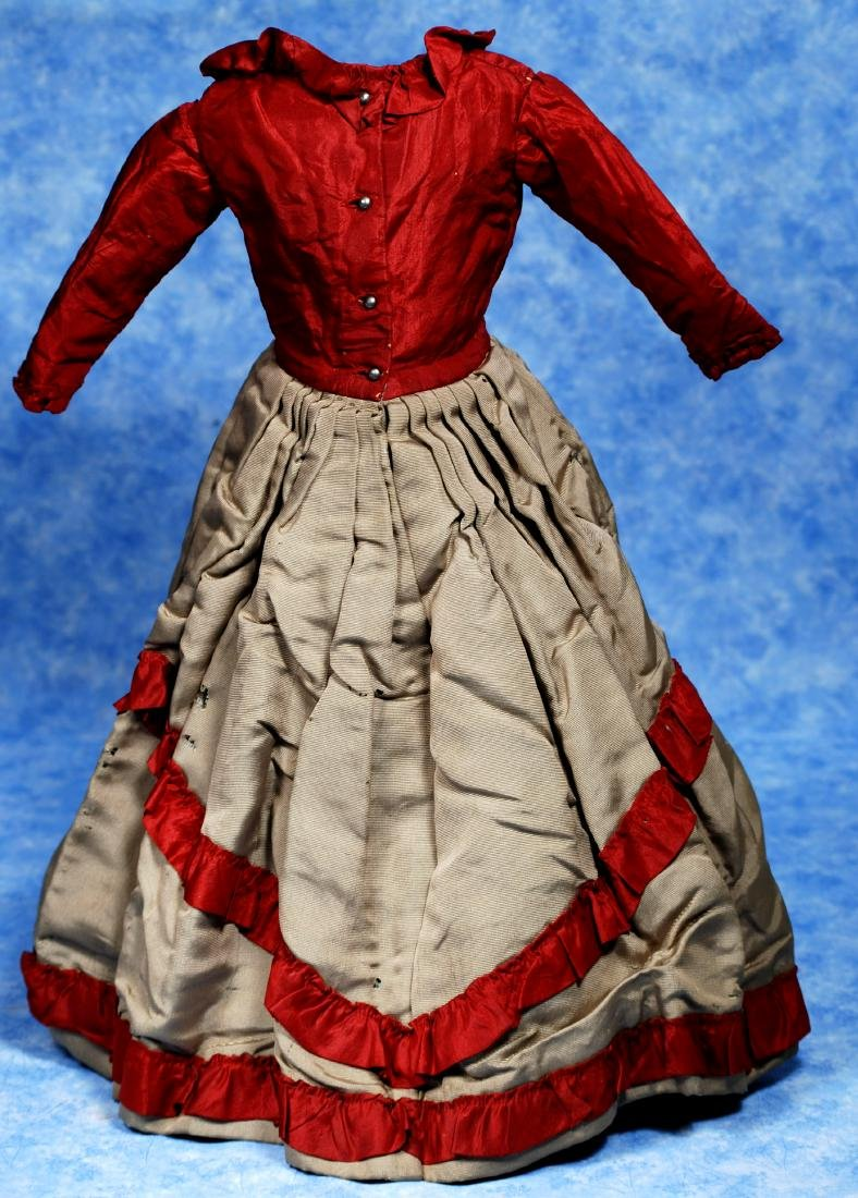 135. ANTIQUE MAROON AND GRAY SILK DRESS. Vibrant - 2