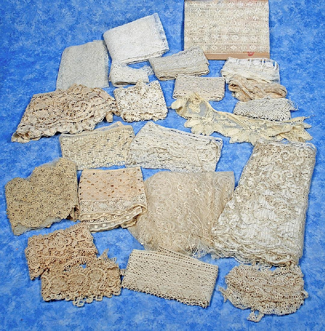 190. ANTIQUE LACE COLLECTION. Various antique laces and