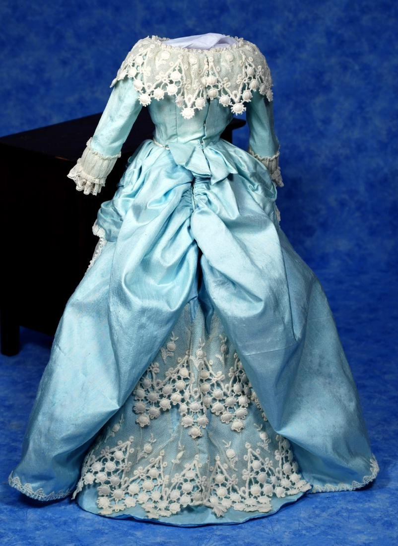226. BLUE SILK FRENCH FASHION GOWN. Two-Piece gown of - 2