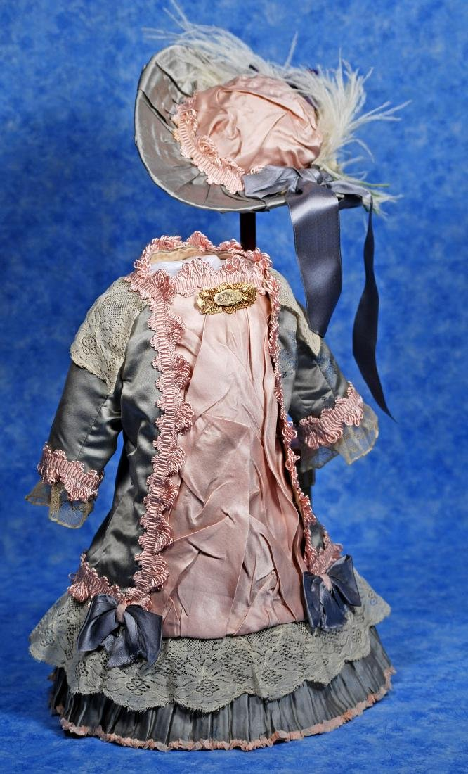 247. SILK DRESS AND BONNET FOR FRENCH BEBE. Gray silk