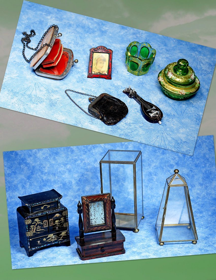 MINIATURE ACCESSORY & DISPLAY ITEMS FOR DOLLS.