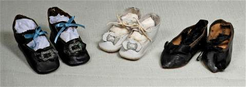 """169. THREE PAIR OF ANTIQUE DOLL SHOES. 2 ¾"""""""