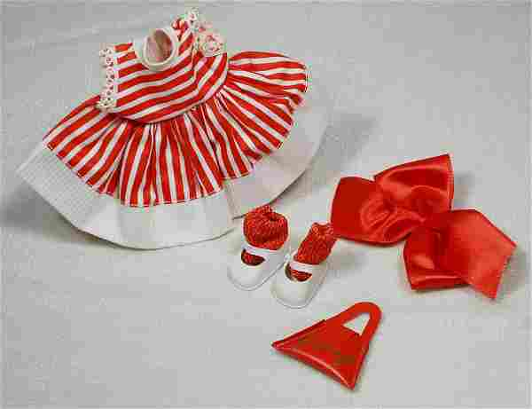 . VINTAGE 1958 OUTFIT FOR VOGUE GINNY. Candy striped