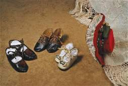 """6: THREE PAIR ANTIQUE DOLL SHOES. 2 ¾"""" to 3 ¾"""" L. L"""