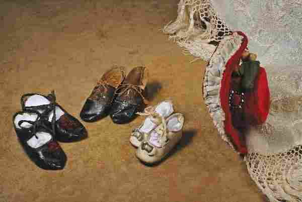 """THREE PAIR ANTIQUE DOLL SHOES. 2 ¾"""" to 3 ¾"""" L. L"""