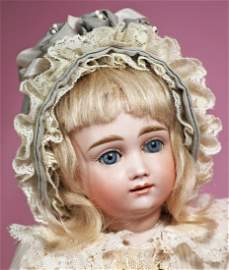 """BEAUTIFUL GERMAN BISQUE DOLL KNOWN AS """"A.T. KESTNER""""."""