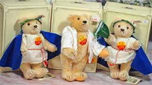 """THREE STEIFF COLLECTOR BEARS FOR """"CU"""" GATHERING."""