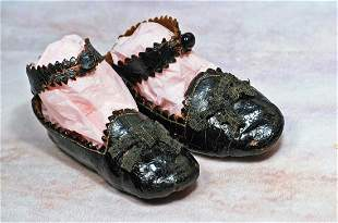 PAIR OF EARLY ANTIQUE DOLL SHOES
