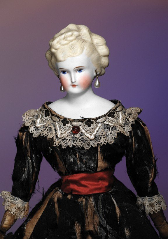 """1: PARIAN BISQUE LADY WITH BLONDE SCULPTED HAIR. 16 ½""""."""