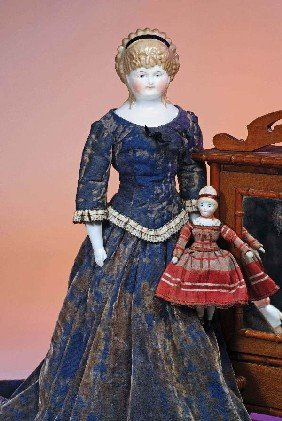 LOVELY CHINA DOLL WITH HEADBAND AND CAF� AU LAIT HA