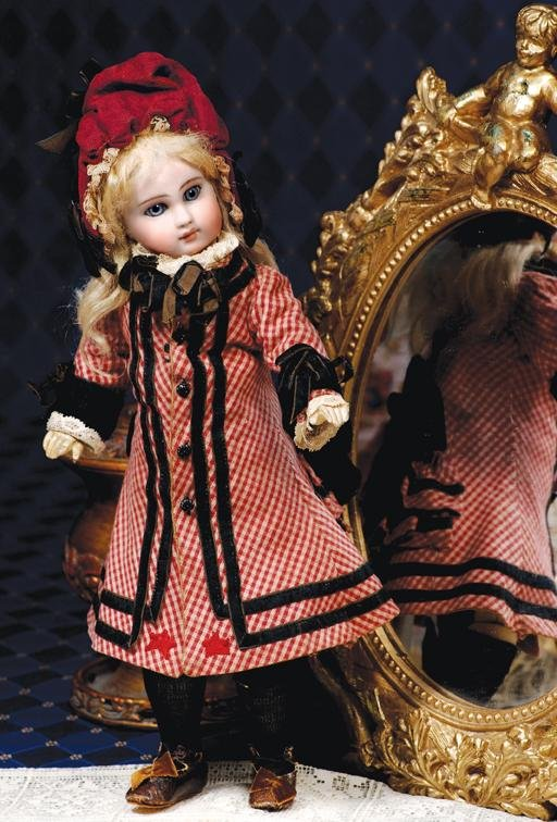 82:  BEAUTIFUL SONNEBERG BISQUE DOLL BY MYSTERY MAKER -