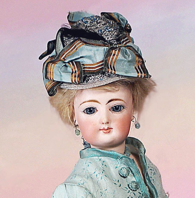 18: FRENCH BISQUE FASHION LADY BY GAUTHIER.  Marks:  2( - 2
