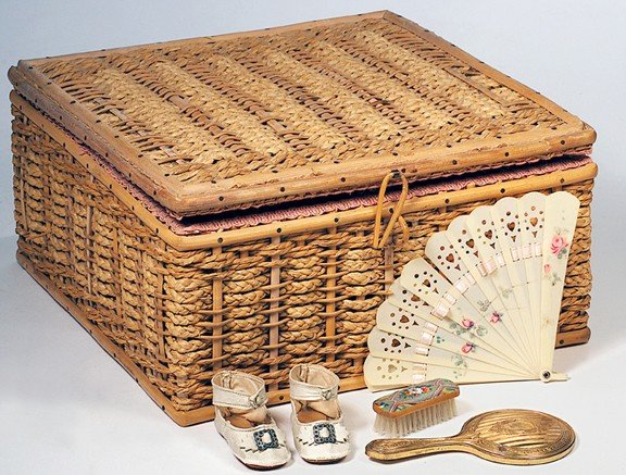 14: WOVEN BASKET & ANTIQUE DOLL ACCESSORIES