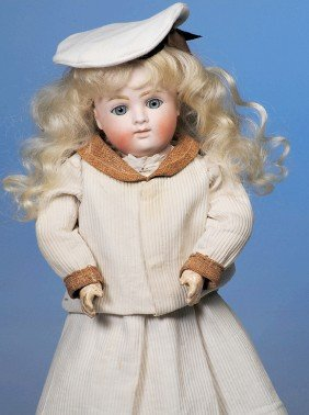 GERMAN BISQUE CLOSED-MOUTH DOLL BY KESTNER