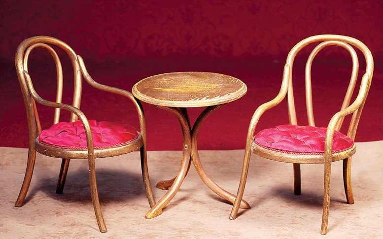 161: FRENCH GOLD-LEAF, BENTWOOD-STYLE SALON TABLE & CHA