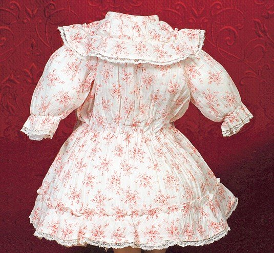 186A: RED AND WHITE COTTON LAWN DRESS WITH DAINTY FLOWE