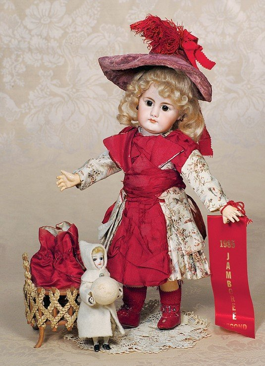 1: GERMAN BISQUE CLOSED-MOUTH DOLL BY SIMON & HALBIG