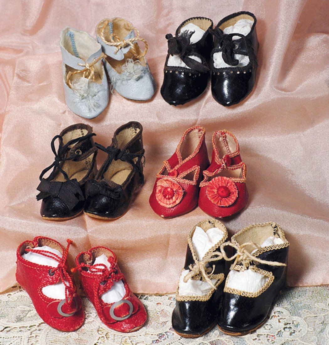 """SIX PAIR OF ANTIQUE DOLL SHOES. 2 ¼"""" L. to 2 ½"""" L."""
