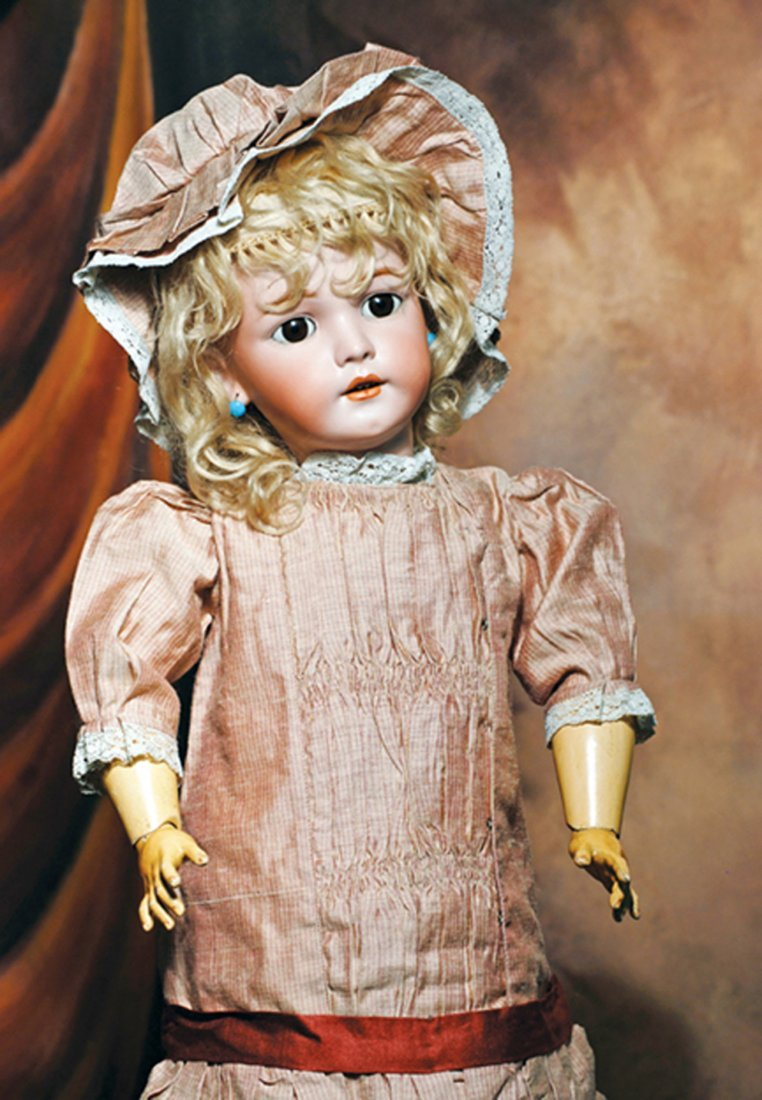 LOVELY GERMAN BISQUE SIMON & HALBIG DOLL, MOLD 1248.