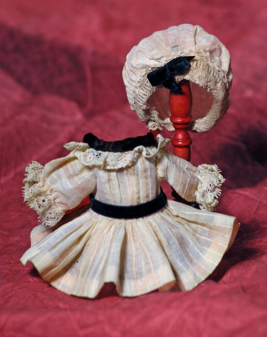 """DRESS AND BONNET FOR SMALL DOLL.  1 ½"""" shoulder width,"""