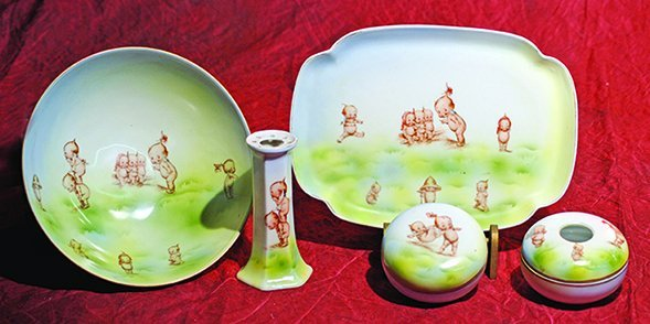 KEWPIE PORCELAIN DRESSER SET & BOWL IN THE MEADOW