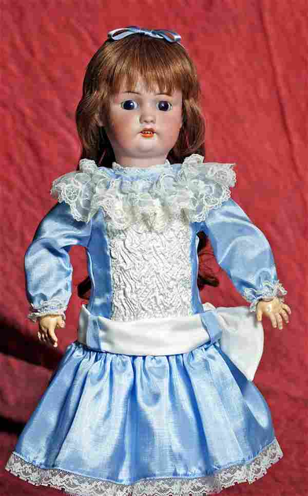 GERMAN BISQUE DOLL BY SIMON & HALBIG. Marks: 530,