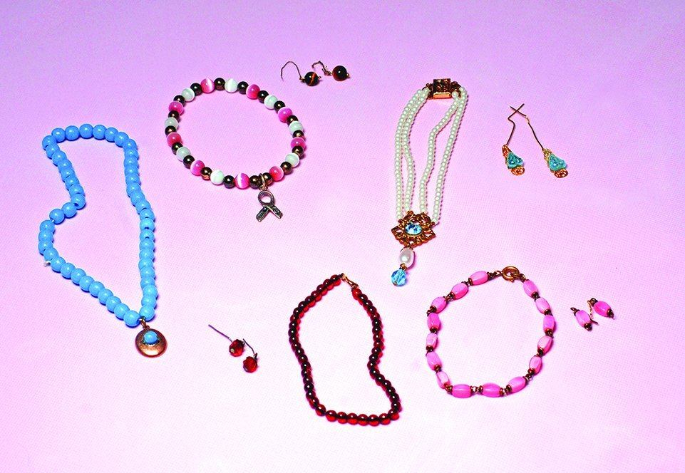 DOLL JEWELRY ACCESSORIES. Includes: pink bead necklace