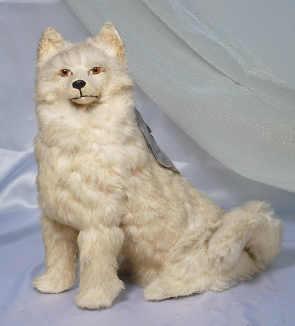 """FRENCH WHITE FUR SALON DOG WITH GLASS EYES.13 ½"""".Papier"""