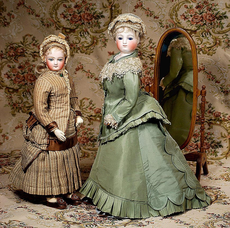 LOVELY FRENCH BISQUE POUPEE BY JUMEAU, WITH JUMEAU BODY