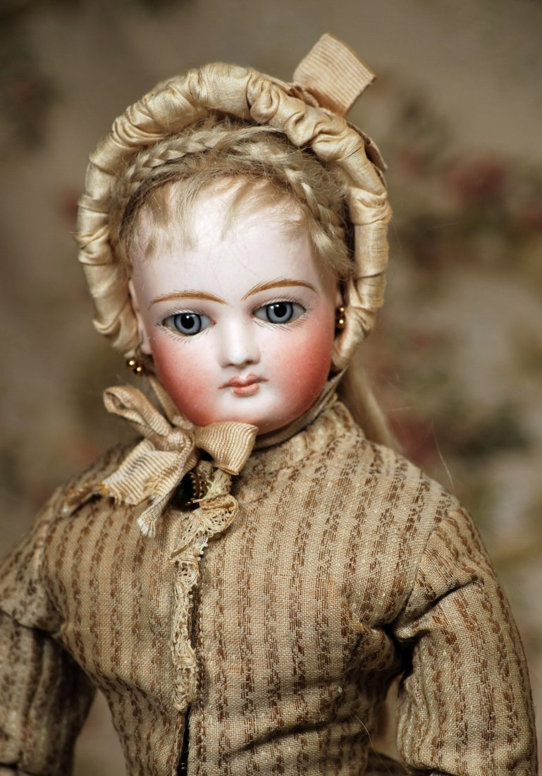 LOVELY FRENCH BISQUE POUPEE BY JUMEAU, WITH JUMEAU BODY - 2