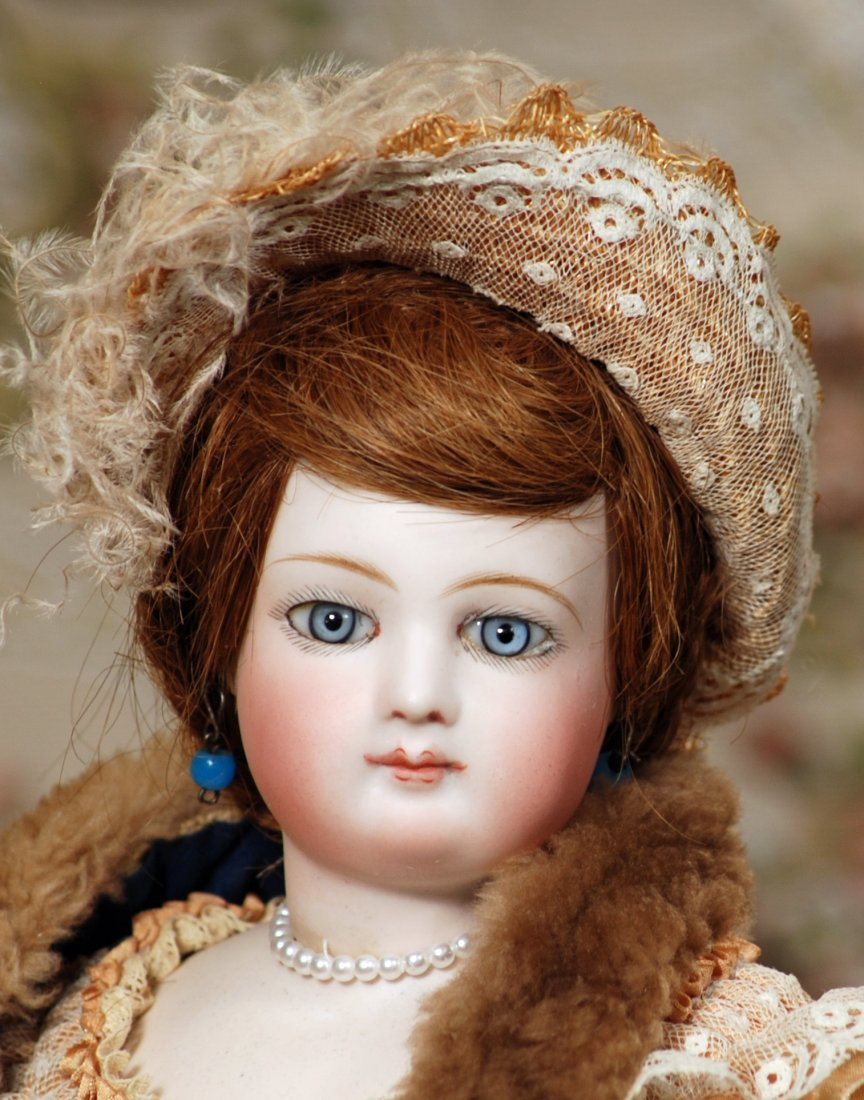 BEAUTIFUL FRENCH BISQUE POUPEE BY JUMEAU - 2