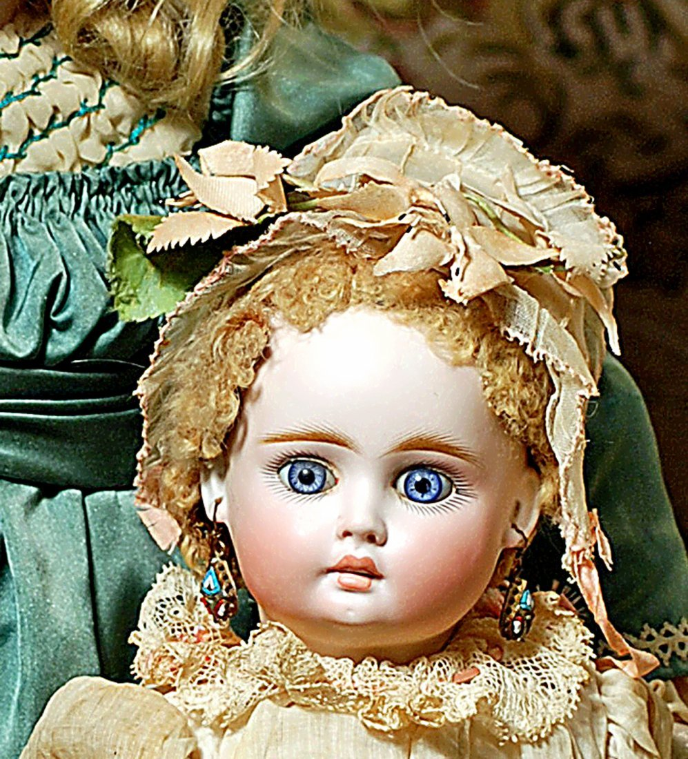 SONNEBERG BRU-LOOK BISQUE DOLL FOR THE FRENCH MARKET - 3