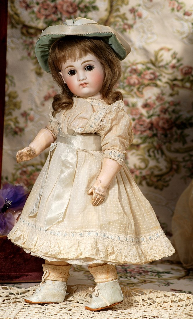 EARLY GERMAN BISQUE, CLOSED-MOUTH DOLL KESTNER