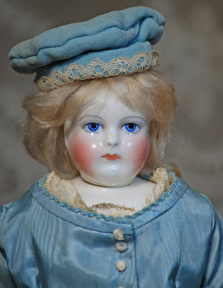 FRENCH PORCELAIN DOLL WITH RARE SWIVEL NECK BY LEONTINE - 2