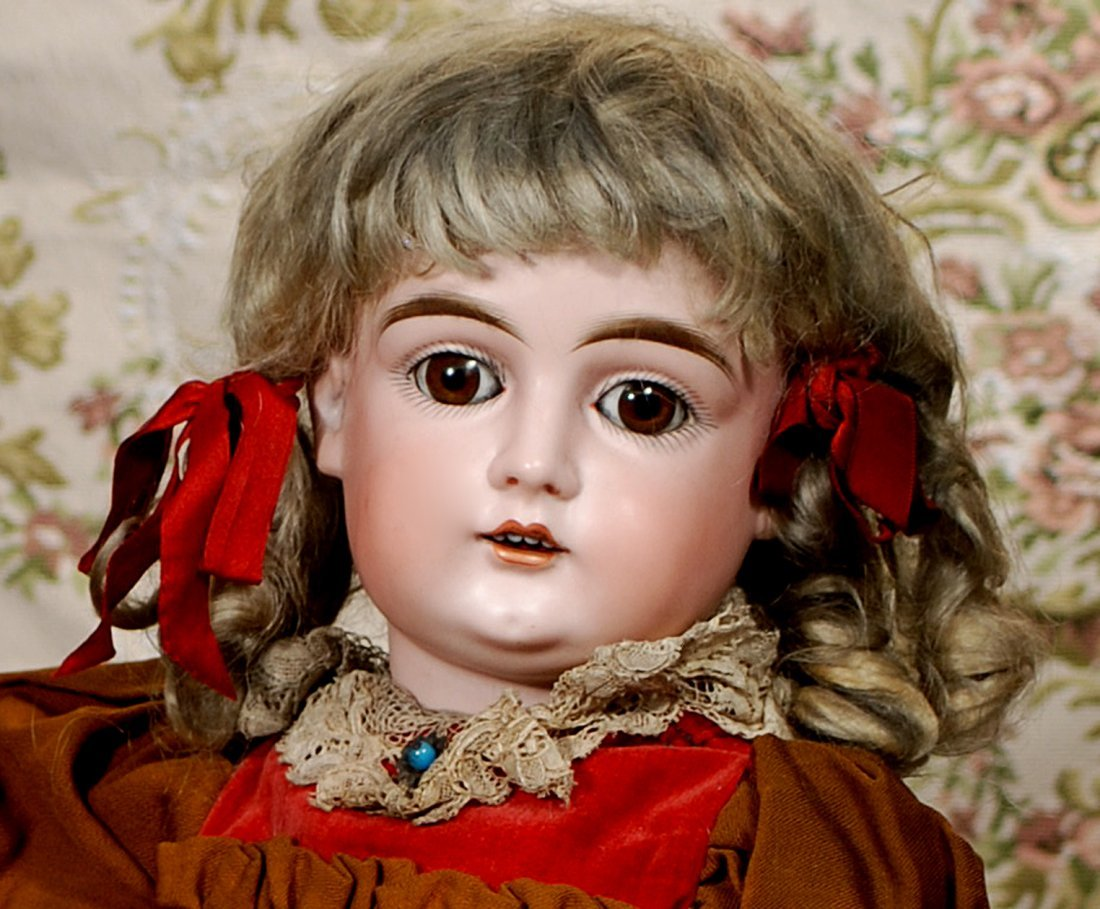 GERMAN BISQUE, ALL-ORIGINAL DOLL BY KESTNER - 2