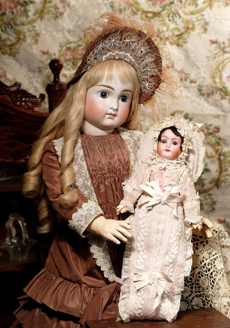 VERY LOVELY, EARLY CLOSED MOUTH DOLL BY KESTNER
