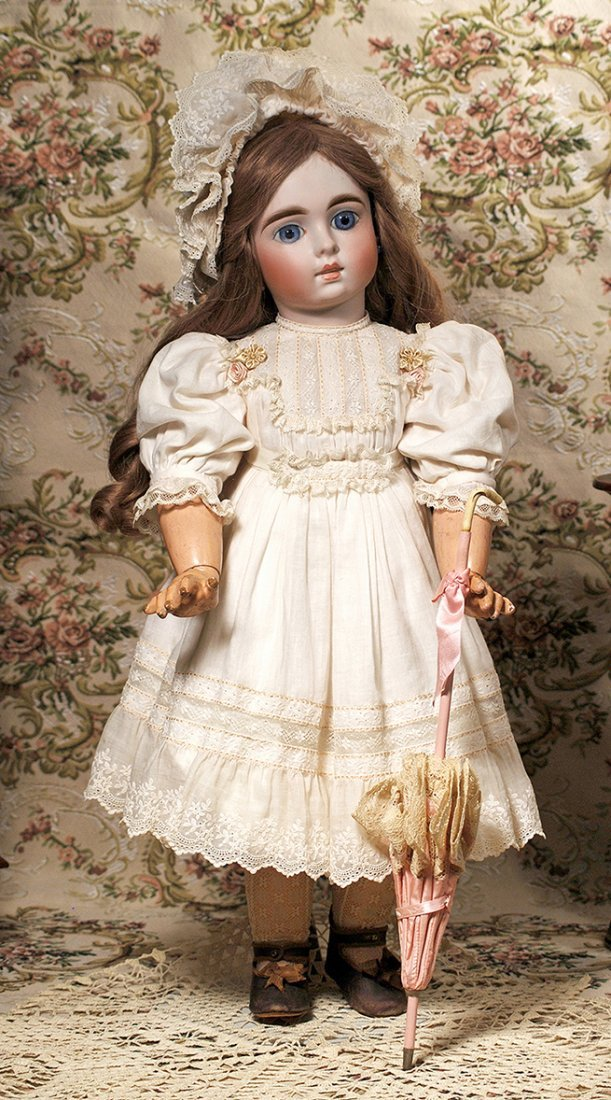 BEAUTIFUL BISQUE DOLL FOR THE FRENCH MARKET - MYSTERY