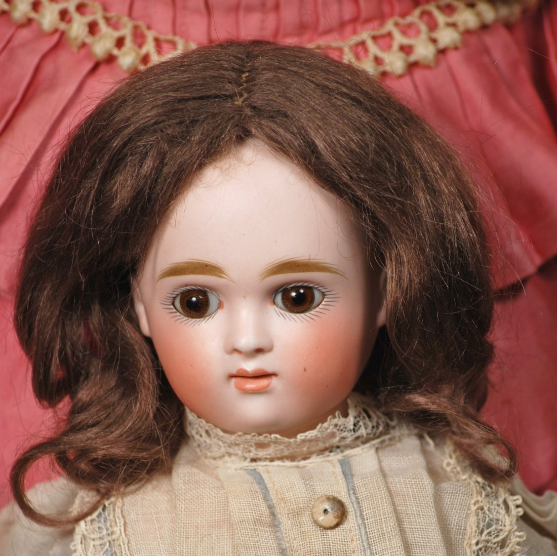 KESTNER CLOSED-MOUTH DOLL WITH SWIVEL HEAD - 2