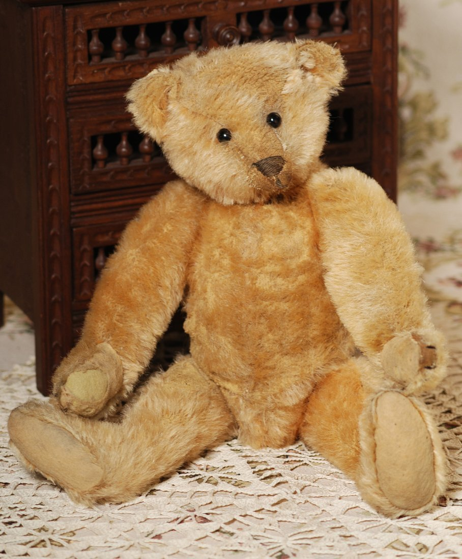 EARLY STEIFF TEDDY BEAR - 2